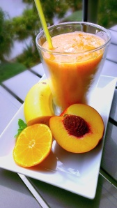Yellow Smoothie - Sunshine & Goodness!