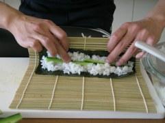 rolling maki