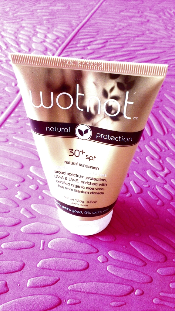 Reviewing WOTNOT chemical-Free sunscreen