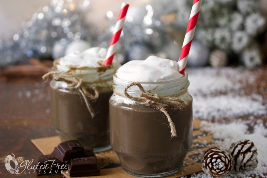 Delicious Hot Chocolate Smoothie that tastes Awesome! And it's warm! -Full of health benefits! #smoothie #christmas #winter #health #glutenfree #paleo #dairyfree