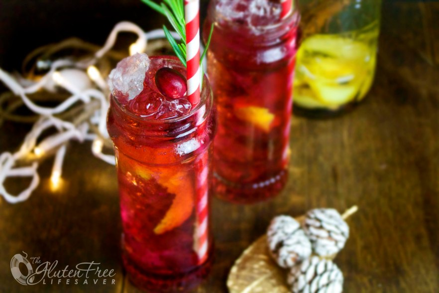Holly Jolly Cocktail made with Homemade Christmas Spice infused Vodka #christmas #drink #cocktail