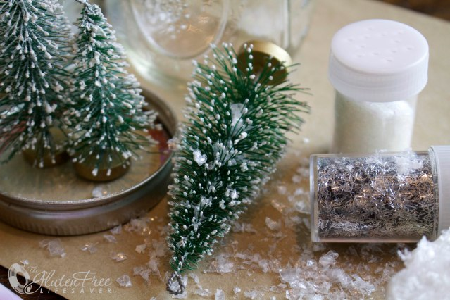 How to make a gorgeous Snow Globe! #diy #craft #christmas #winter #snow