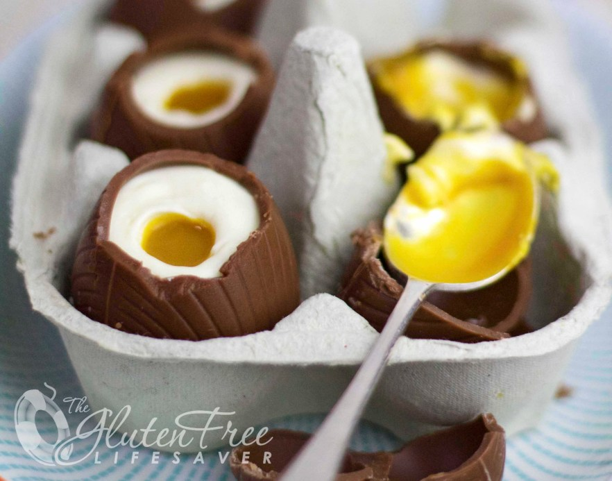 Gorgeous and Easy Cheesecake Filled Easter Eggs! #glutenfree #easter
