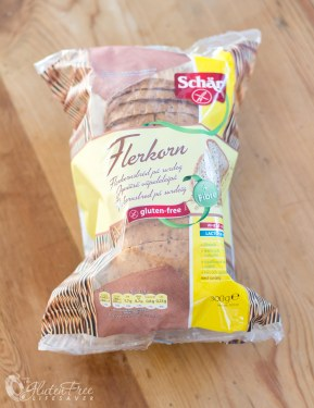 Schaer wholesome loaf - recipe for gluten-free bruschetta with mango and mozzarella